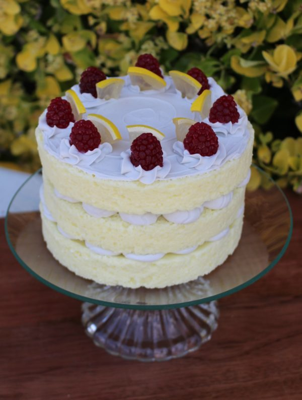 3 LAYER LEMON CAKE 318 2