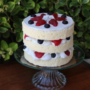 3 LAYER VANILLA CAKE 319B