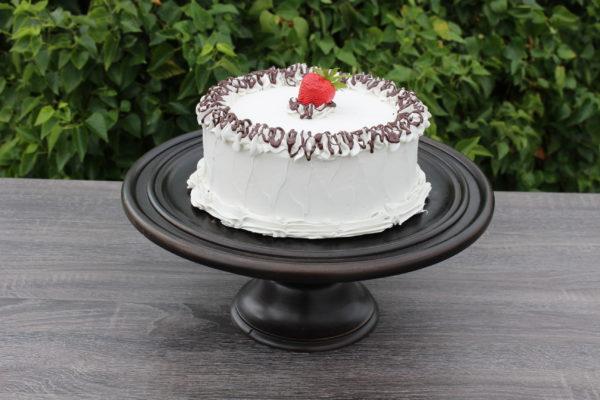 LARGE VANILLA CAKE 300
