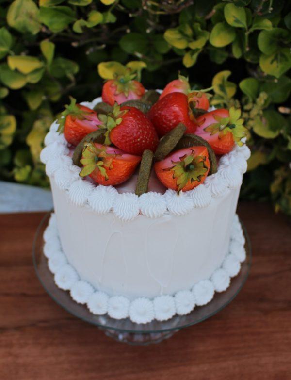 STRAWBERRY KIWI CAKE 312 1