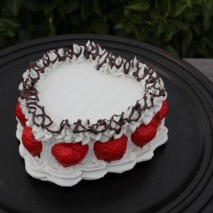 VANILLA HEART CAKE 302