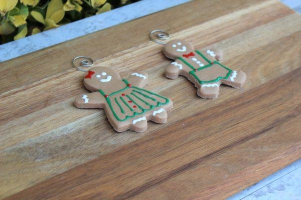 Gingerbread Ornament G1